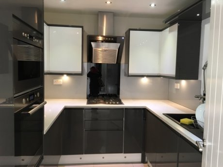 Newly Refurbished 5 Bedroom house near Ealing Comm