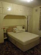 アクトン 広い1ベッドルーム、広い収納付き ハイストリート近く