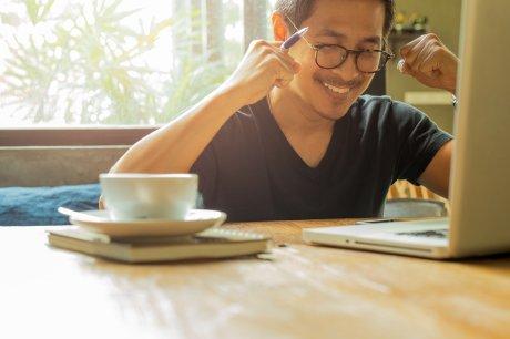 Skypeマンツーマン英会話レッスンーご自宅、勤務先、カフェで!