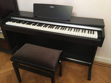 帰国売り Yamaha 電子ピアノ(美品)