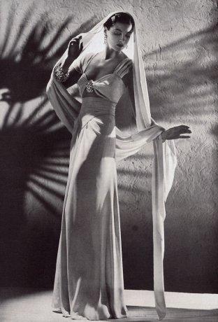 10/12~1/20★ナイト・アンド・デイ:1930年代ファッション…