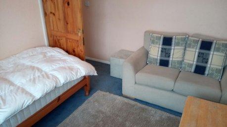 Single room 全ビル込週80ポンド 閑静な住宅街