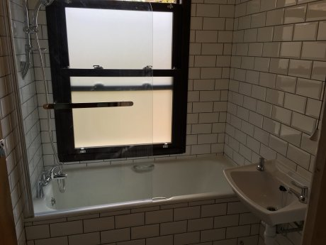 Zone 2 Finsbury Park / Arsenal near stations &